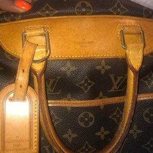 Louis Vuitton Bags - Authentic Louis Vuitton Deauville Monogram